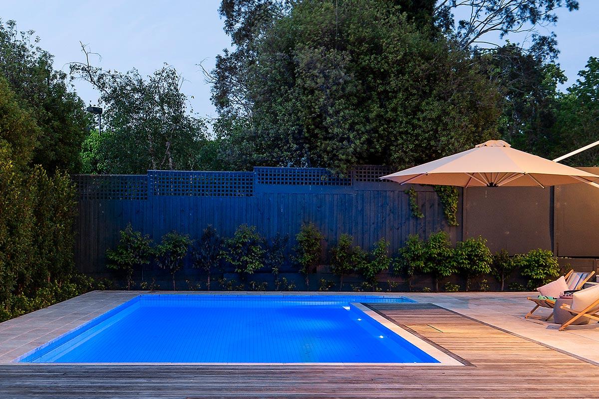 path-design-studio_-_landscape-design_hawthorn_house_completed_11_the-pool