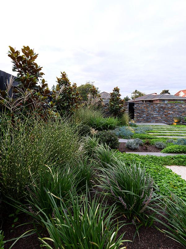 path-design-studio_bentleigh-garden_landscape-design_07_600x800